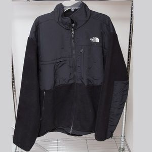 The North Face Light Jacket Size XL